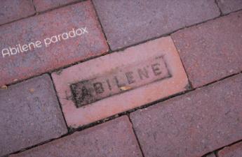 アビリーンのパラドックス ~ 事なかれ主義の悲劇